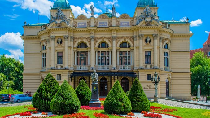 Interview with an Australian expat Rose in Poland